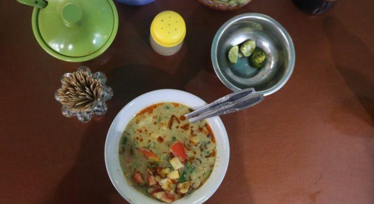 20 Wisata Kuliner di Bekasi yang Murah & Enak