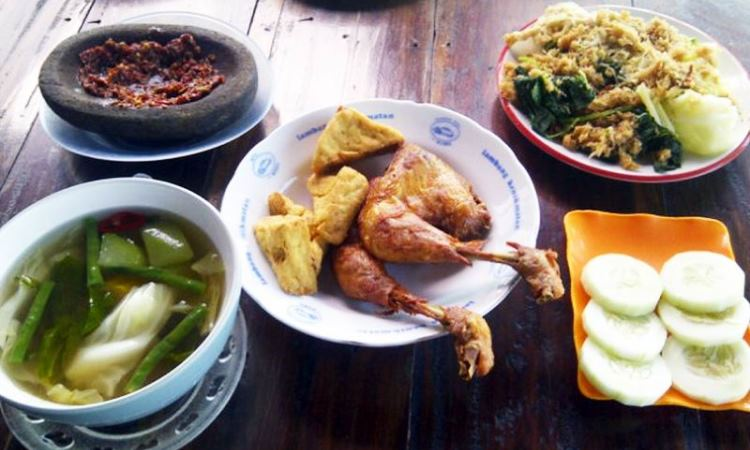 Ayam Goreng dan Bakar Joyo