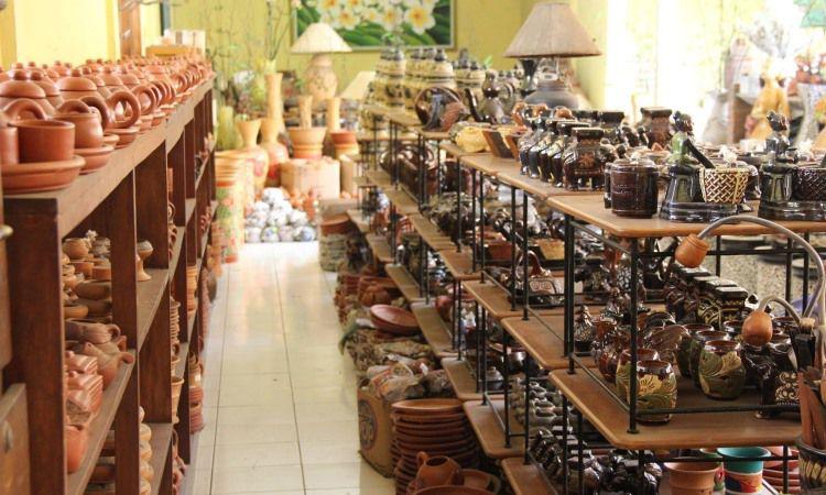 Keramik dan Souvenir Khas Malang