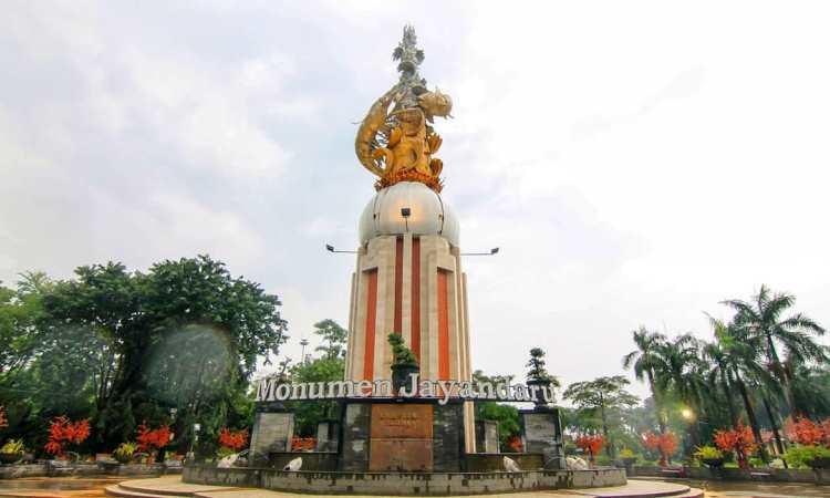Monumen Jayandaru