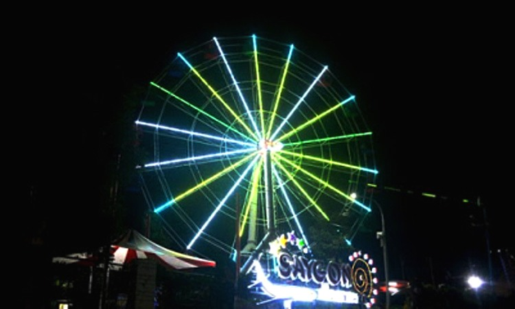 Saygon Night Park