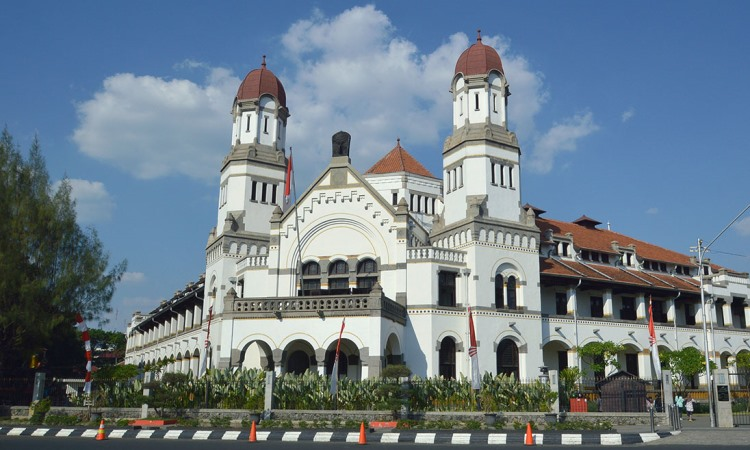 33 Tempat Wisata di Semarang Terbaru & Paling Hits