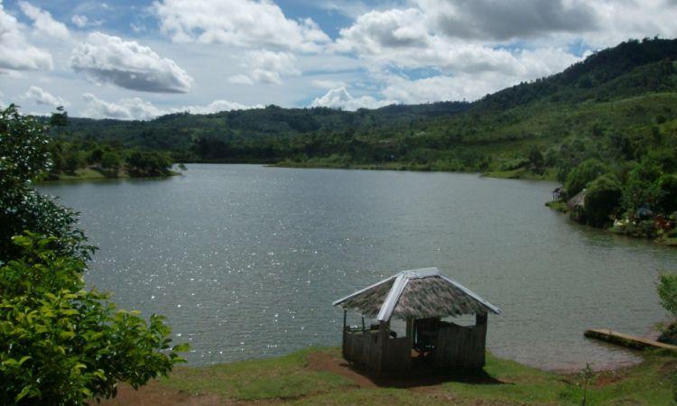 Danau Lebong