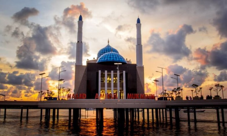 Masjid Terapung Makassar