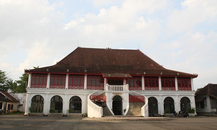 Museum Sultan Mahmud Bahruddin