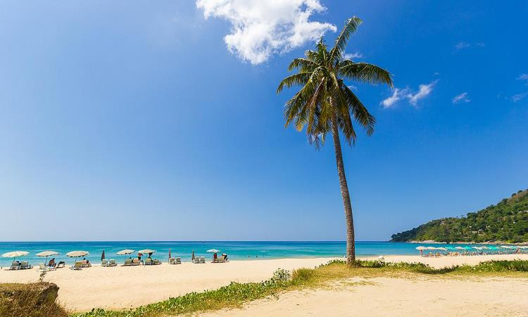 Pantai Karon