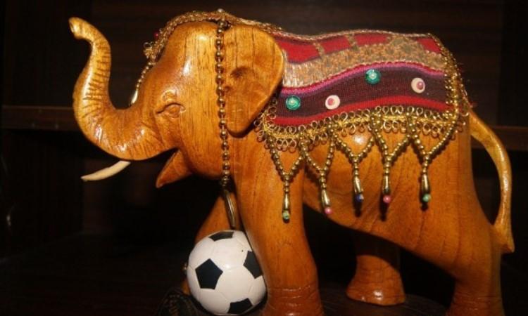 Patung Gajah Lampung