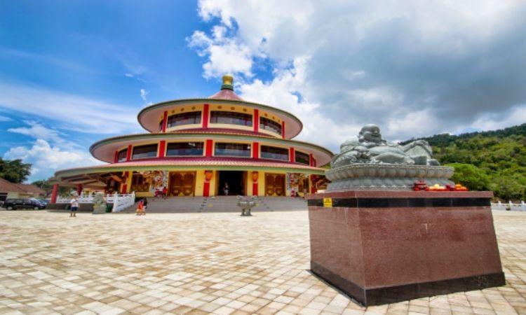 Puri Tri Agung Bangka