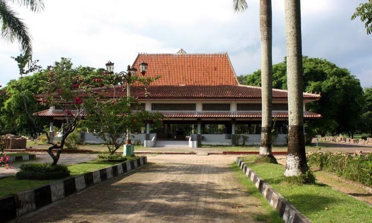 Taman Purbakala Kerajaan Sriwijaya - Pendopo Utama