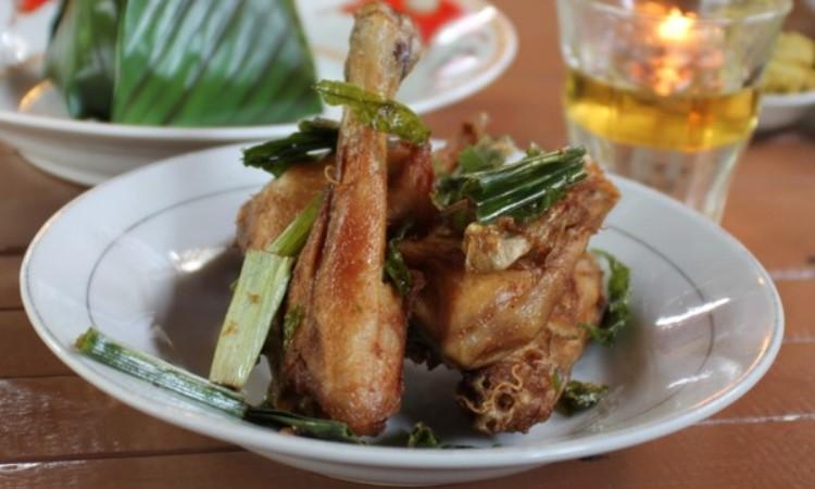 15 Wisata Kuliner di Banda Aceh yang Murah & Enak