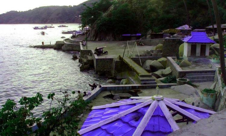 Pantai Tangga 2000