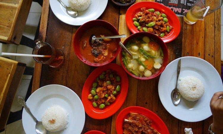 10 Wisata Kuliner di Pontianak yang Murah & Enak