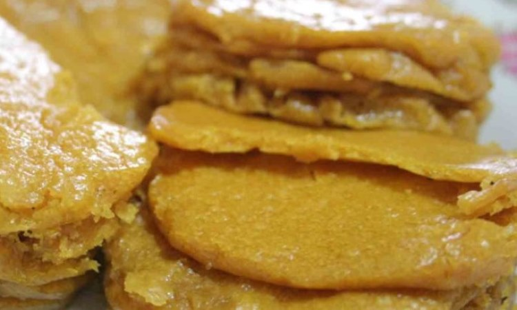Kue Wadai Apam Palangkaraya