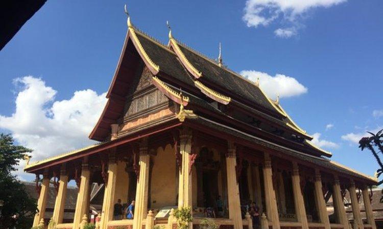 Kuil Wat Si Saket