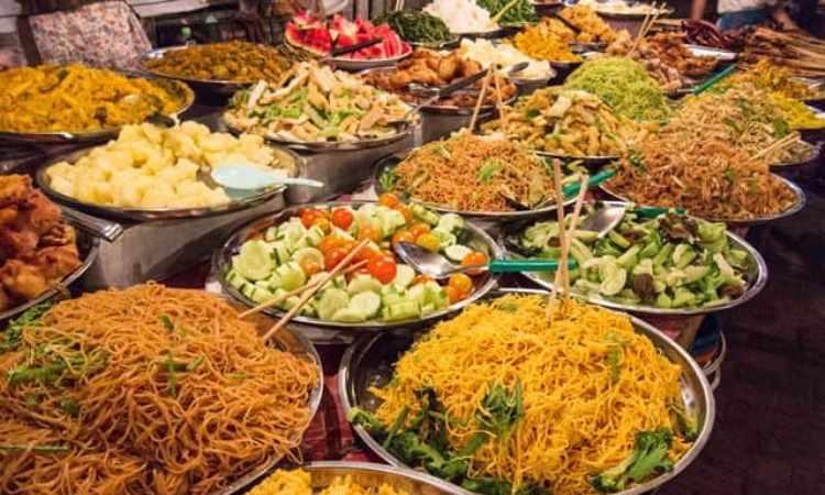 10 Makanan Khas Laos yang Lezat & Wajib Anda Coba