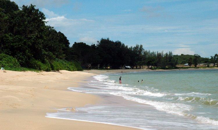 Pantai Desaru