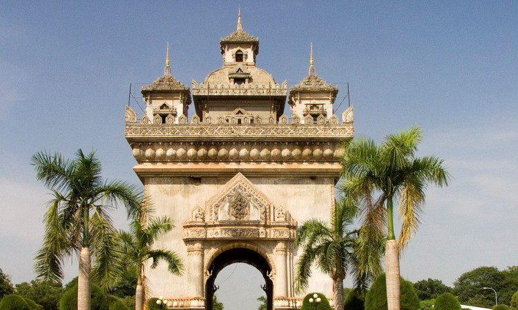 Patuxai (Gate of Triumph)