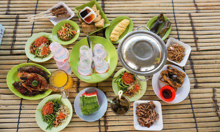 15 Wisata Kuliner di Lombok yang Murah & Enak