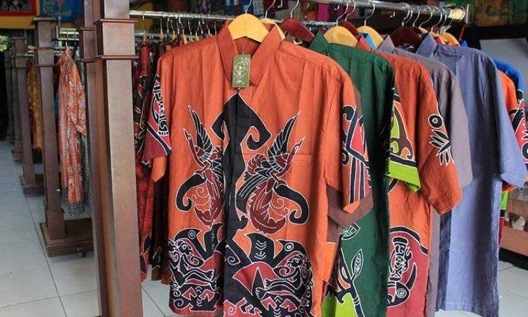 Batik dan Kaos Khas Papua