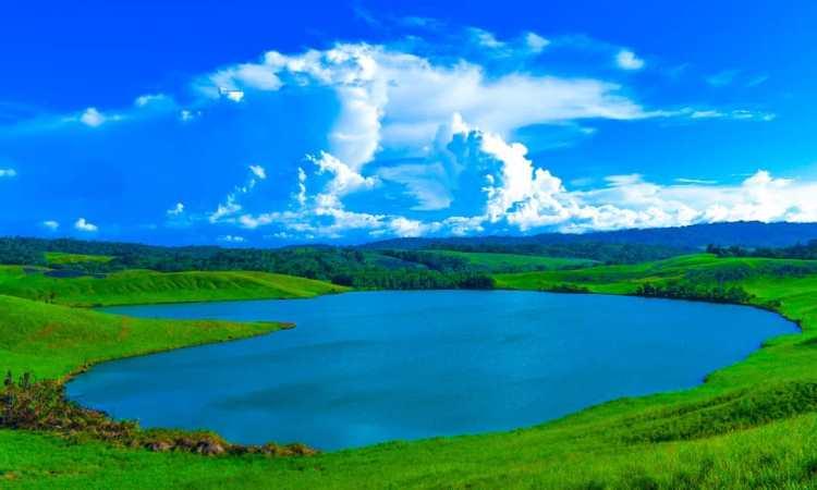 Danau Imfote