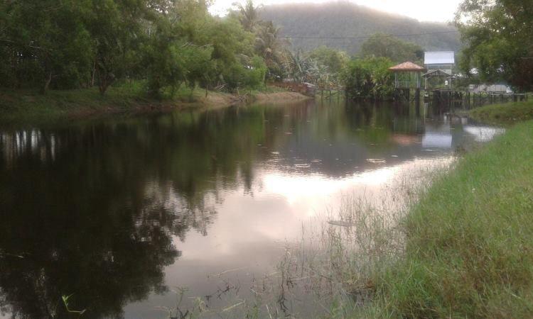 Danau Tadow Indah