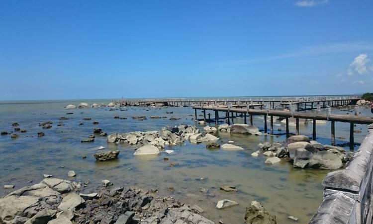 Sinka Island