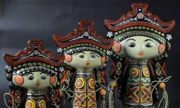 Boneka Menong