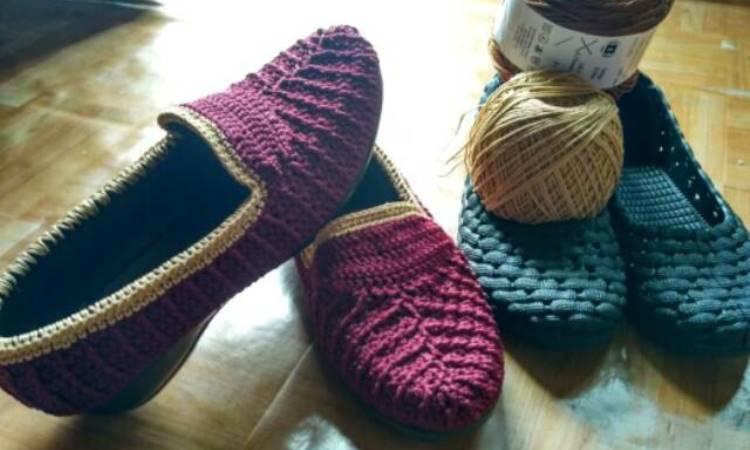 Kerajinan Sepatu Rajutan