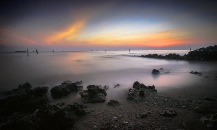 Pantai Klayar Lamongan