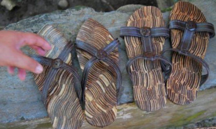 Sandal Batok