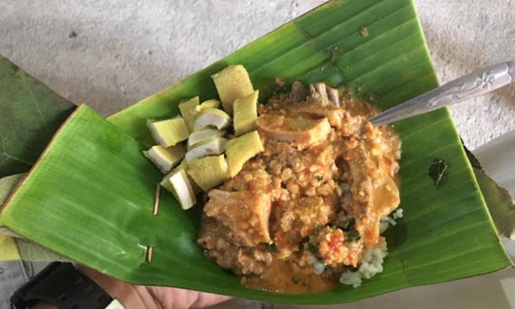 Nasi Pecel lethok Mbah Jan