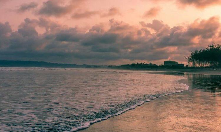 Pantai Kemiren