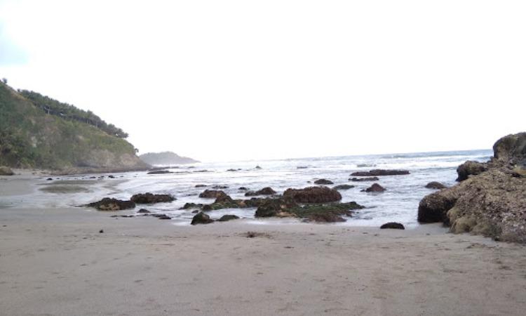 Pantai Pecaron