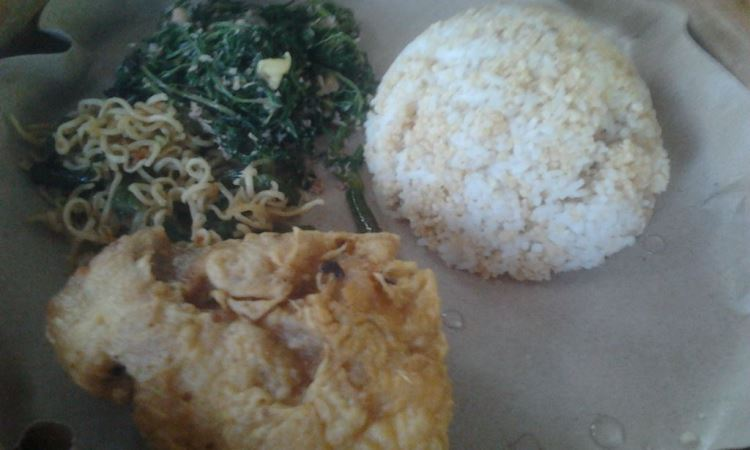 Nasi Tiwul Lesehan Bukit Indah
