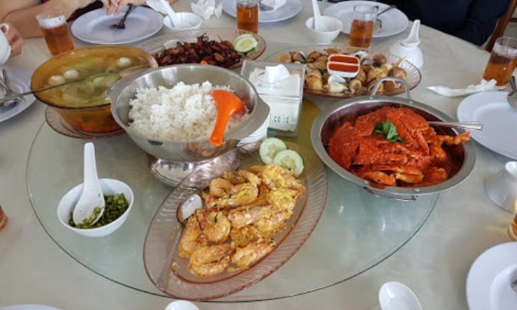 Sei Enam Seafood