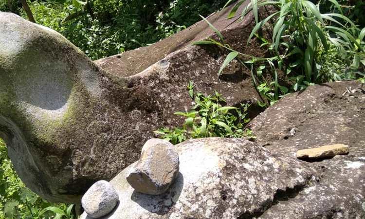 Batu Gamelan Batang