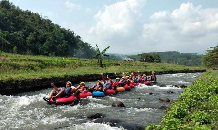 Tubing Pandansari