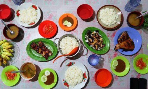 10 Wisata Kuliner di Parepare yang Murah & Enak