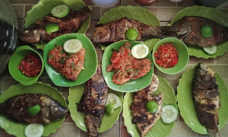 15 Wisata Kuliner di Tana Toraja yang Murah & Enak