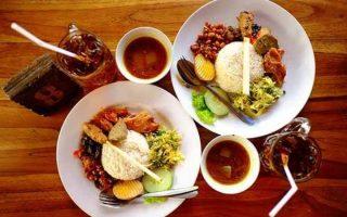 10 Wisata Kuliner di Tuban yang Terkenal Enak