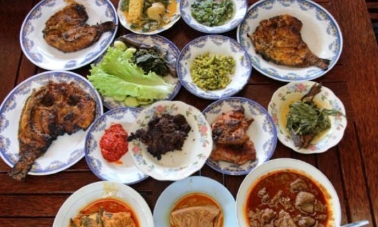 10 Wisata Kuliner di Payakumbuh yang Terkenal Enak