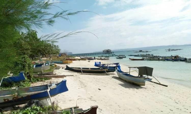 Pantai Ekas