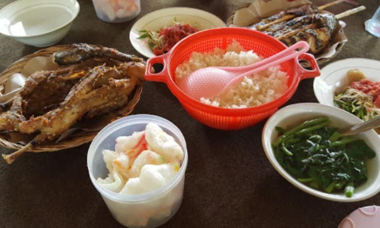 Rumah Makan Mae Cenggo