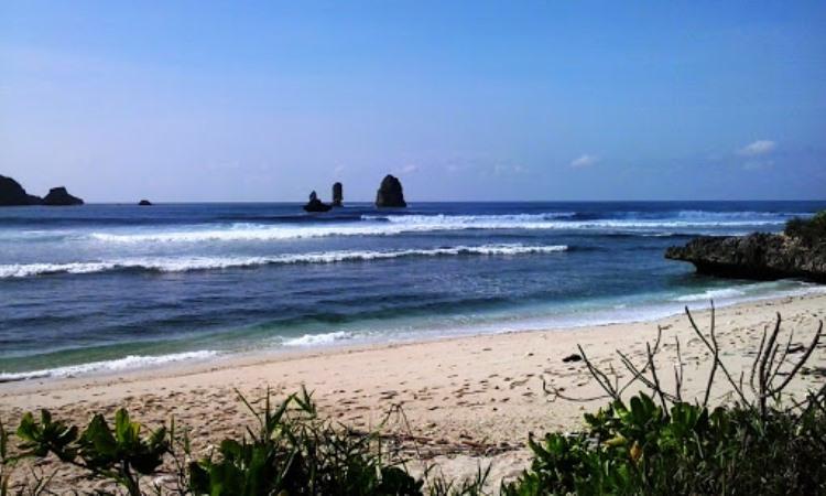 Pantai Savana, Malang