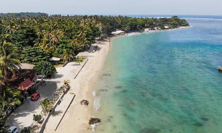 Pantai Ujung Genteng, Sukabumi