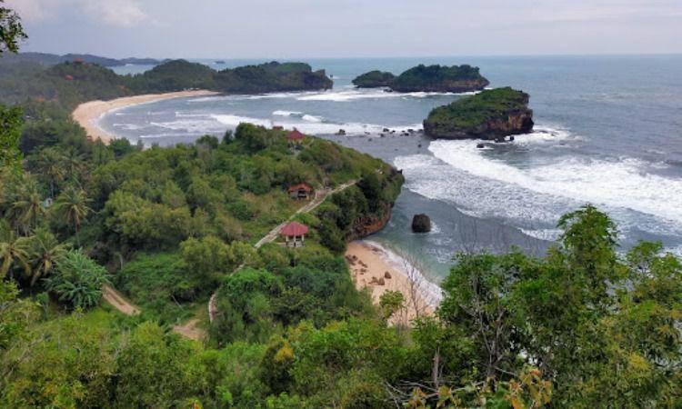 Pantai Watu Karung, Pacitan