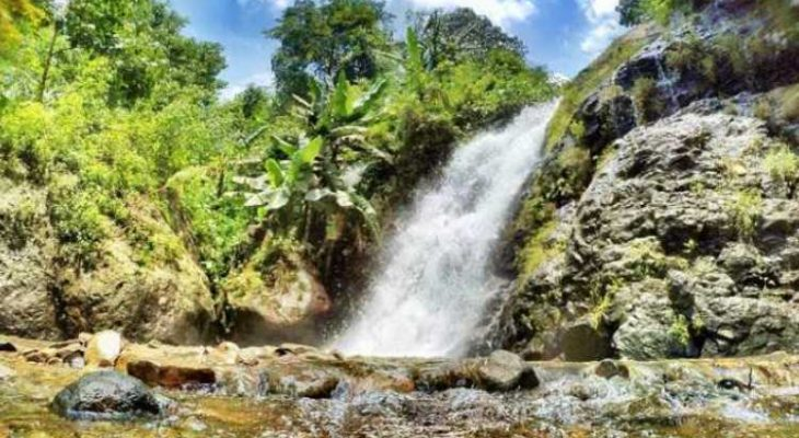 5 Curug di Karawang yang Paling Indah & Hits