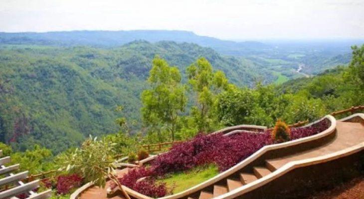 Kebun Buah Mangunan, Menikmati Panorama Alam Jogja di Atas Awan