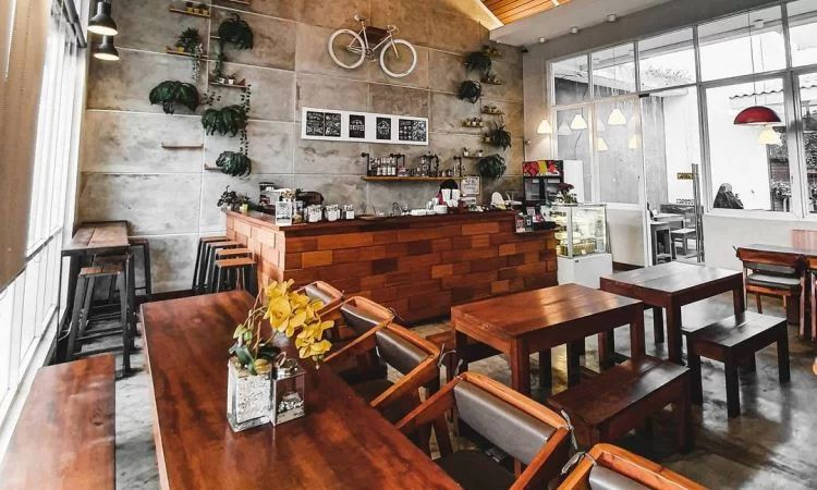Lynne's Coffee and Kitchen
