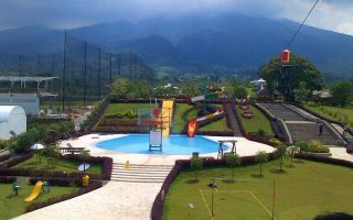 25 Tempat Wisata di Lembang Bandung Terbaru, Terindah & Paling Hits